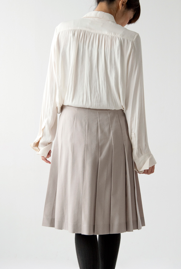T.YAMAI BLOUSE, TRADITIONAL WEATHERWEAR SKIRT