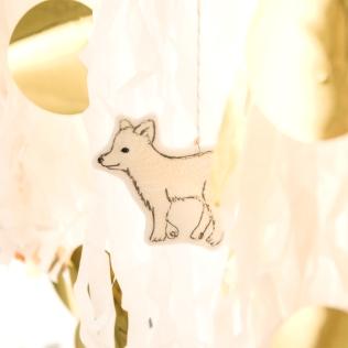 こころがふっと和む可愛らしい動物たち。 コーラル&タスクのアイテムにはそんな動物たちがたくさん。 特別な日の贈り物が、あたたかい気持ちを運んでくれるのを手伝ってくれそうです。 クリスマスまであと20日... ◇CORAL&TUSK https://goo.gl/8QgwvO